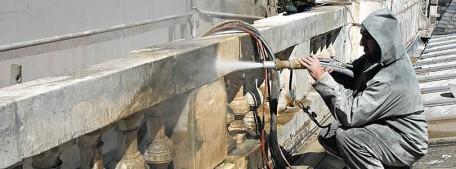 L'hydrogommage une technique de nettoyage douce.