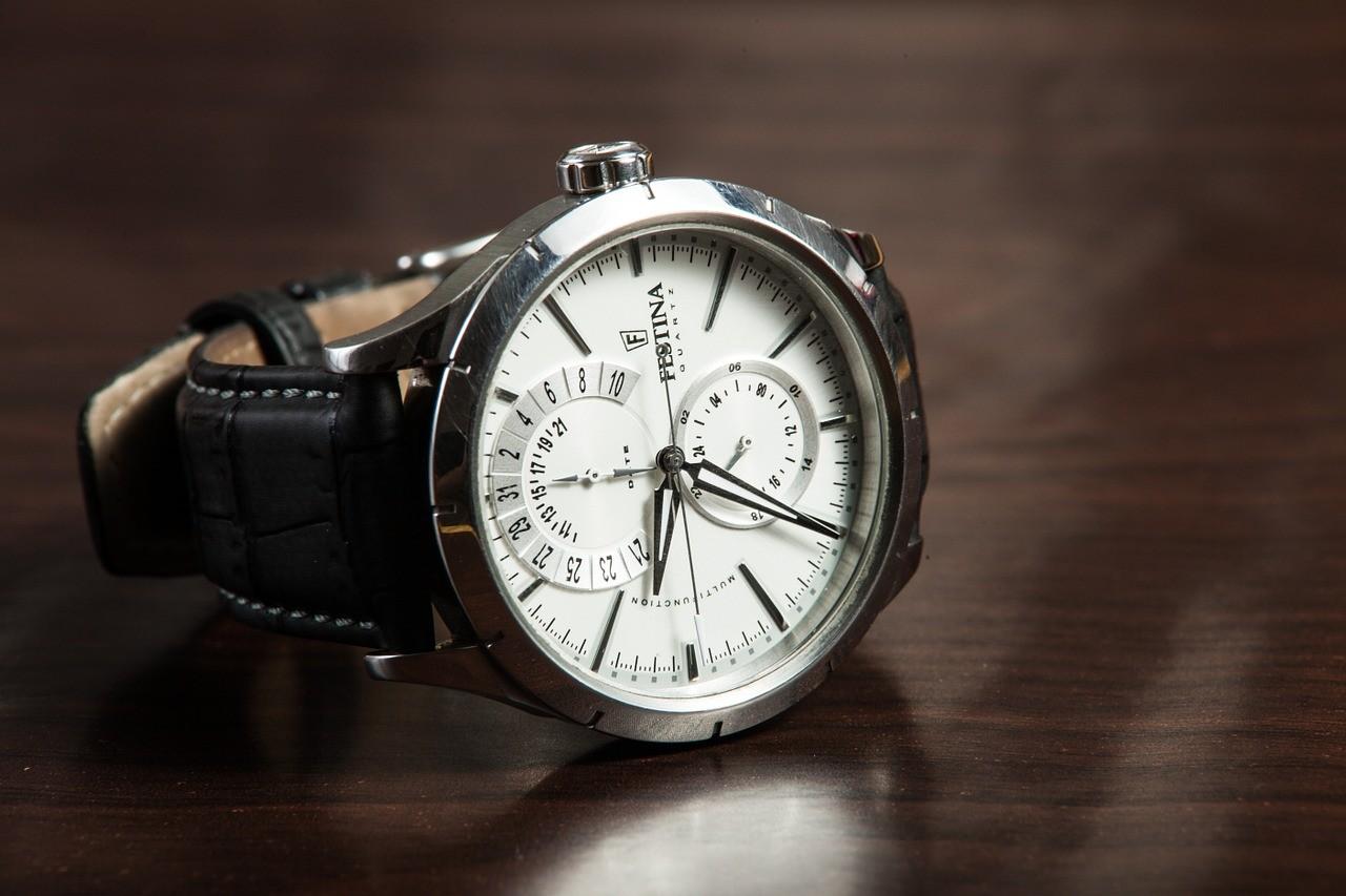 modele de montre automatique