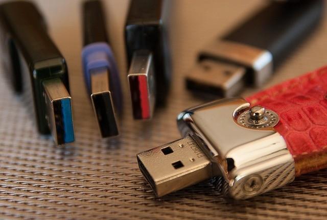 Différents modèles de clé USB personnalisables